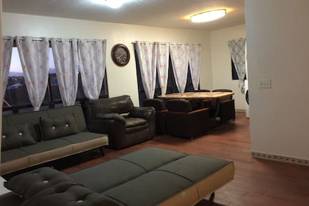 Quiet and Central home location 2/1 - Waipahu - Кондоминиум