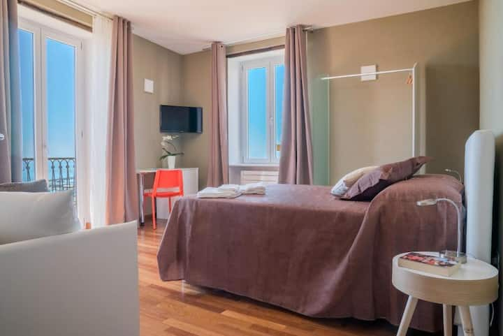 Plaium Montis Junior Suite Familiare Sea View