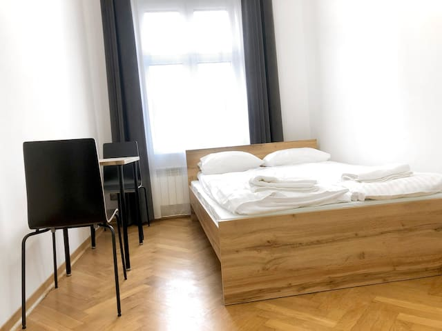 Very nice, tidy room in HEART of Cracow!