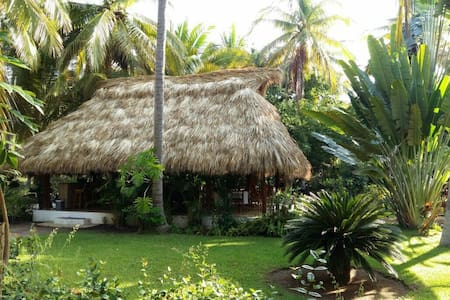Villa Don Manuel - Zihuatanejo - Bed & Breakfast