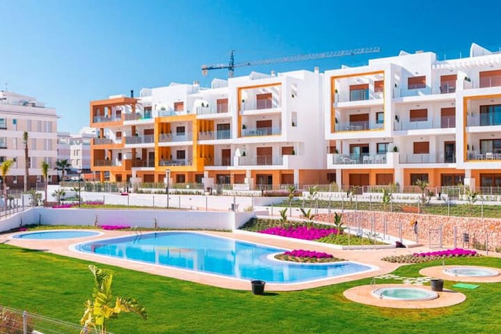 Lovely Apartment in Orihuela Costa with Swimming Pool