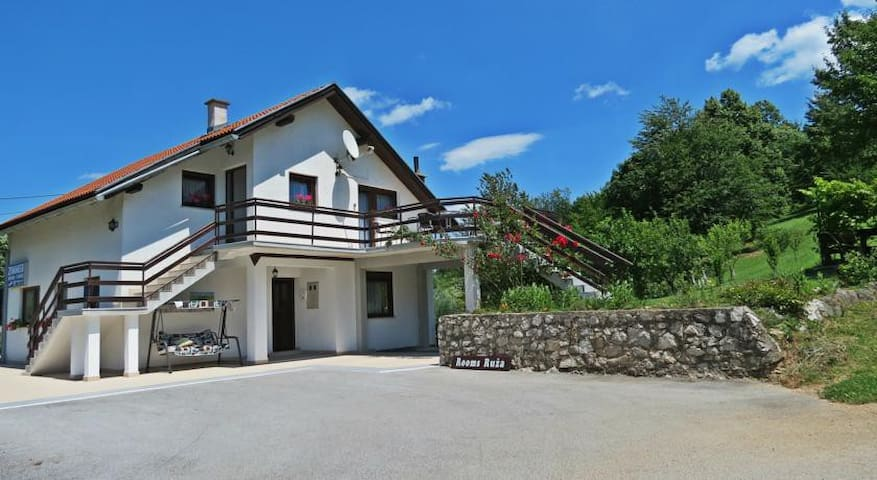 2 double rooms in Plitvice Lakes