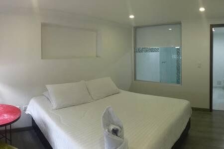 Hotel Metro 26 - Bed and Breakfast - Bogotá Distrito Capital