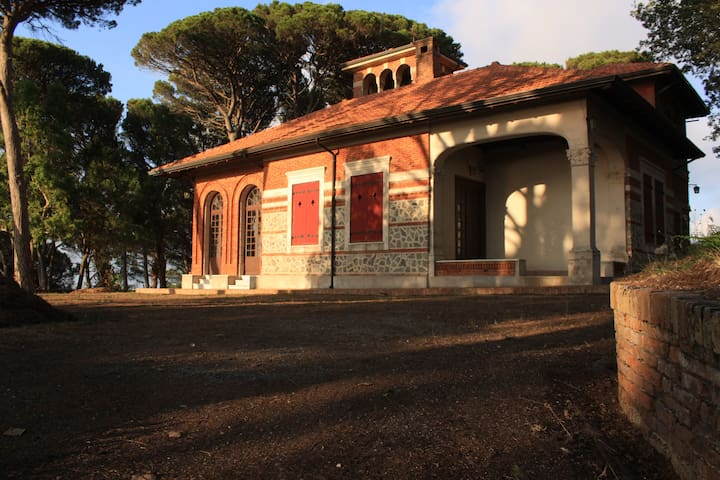 Beautiful Villa in Sicily, Messina - Castanea delle Furie - Casa de camp