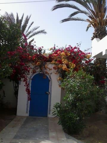 Dar Noura Rdc de villa bord de mer - Djerba Midun - Dom
