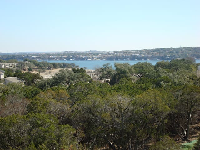 Kamp King Lakeview of Lake Travis - Point Venture - Rumah