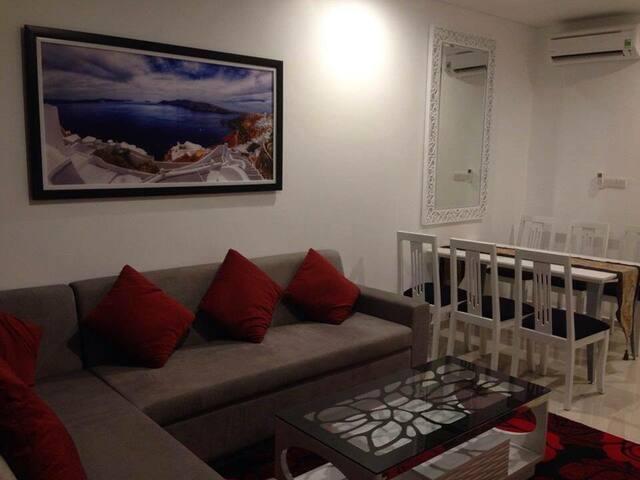 1 chambre dans appartement avec salon