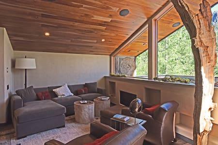Luxury Alpine Meadows Chalet - Alpine Meadows - Hus