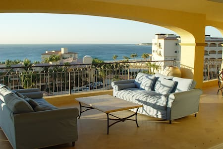 Oceanfront Penthouse in Cabo Mexico