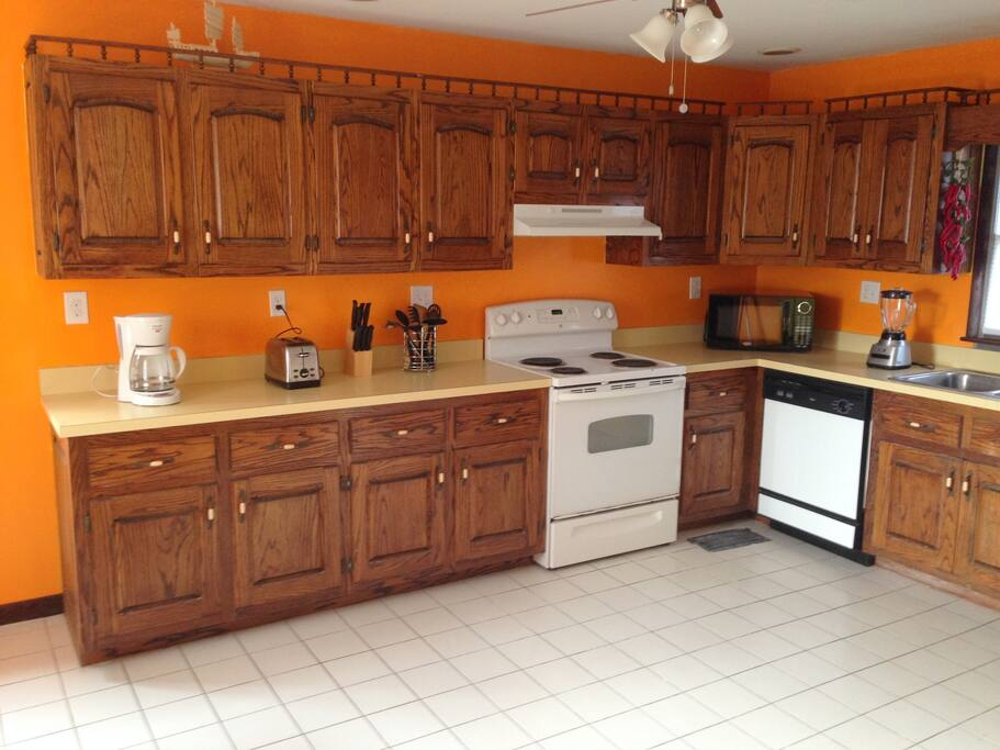 Lower Unit Fully Furnished Kitchen