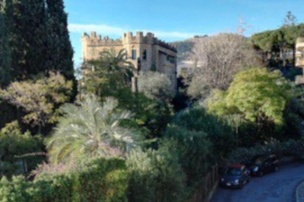 vista dal terrazzo: il castello