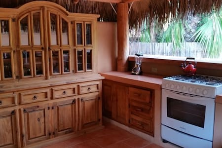 Charming Casita with Outdoor Palapa - Los Barriles - Bungalow