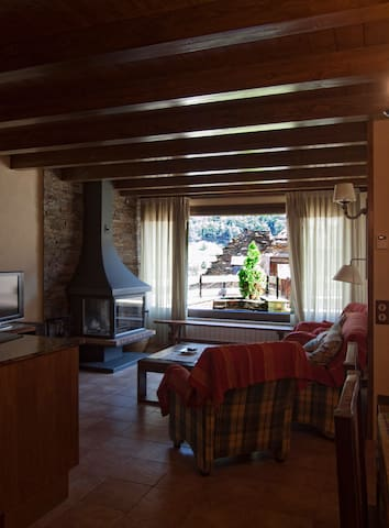 COUNTRY COTTAGE AT THE PYRENEES  - Bossòst - Apartamento