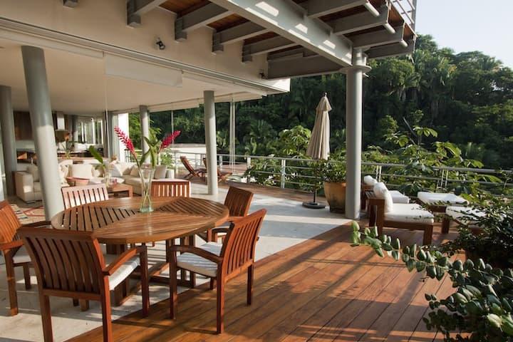 Luxury Villa, Amazing Ocean Views