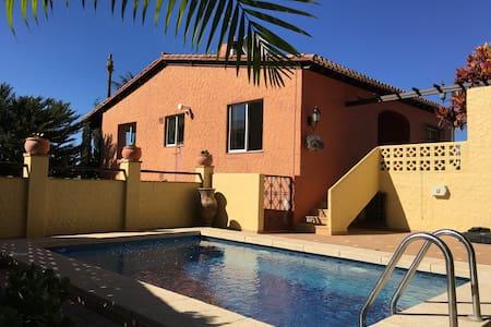 House with terrace, swimming pool and sea views - Puerto de la Cruz - Dom