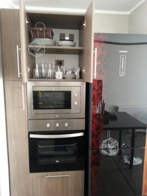 horno  electrico microondas refrigerador
