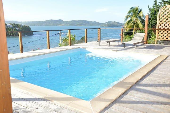 T4 climatisé avec piscine en bord de mer - Le Robert - Rumah