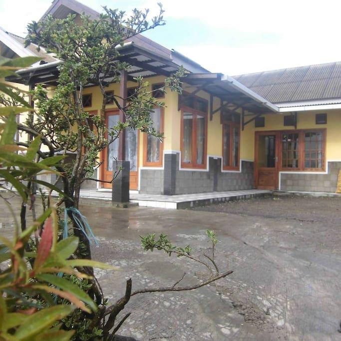 CEMARA Homestay 2 /KAMAR PRIBADI