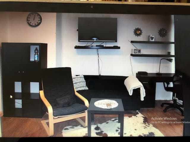 Apartment 74
