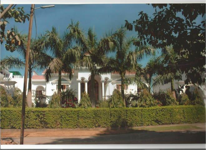 KUNJPUR GUEST HOUSE - Allahabad - Ev