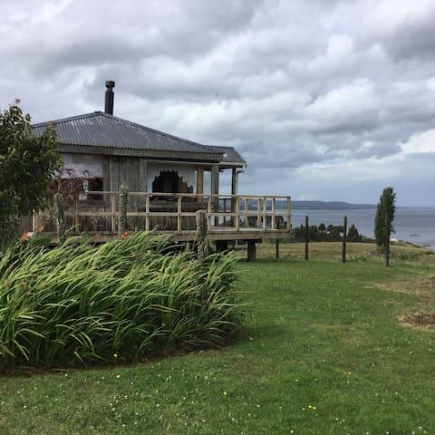 Cabaña Vista al Mar Vilupulli, Chonchi, Chiloé - Chonchi - Cabaña en la naturaleza