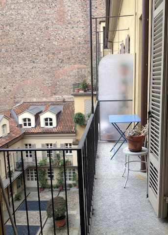 Silenzioso, romantico, centrale. - Turín - Bed & Breakfast