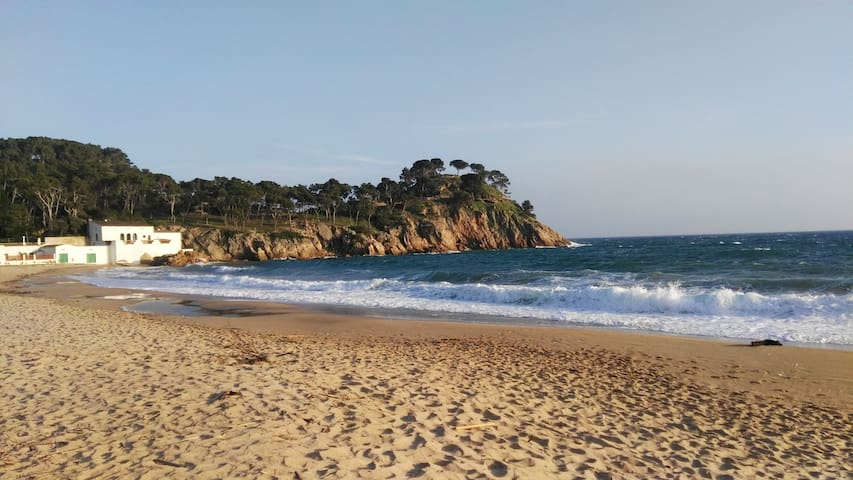 Playa de Escastell.