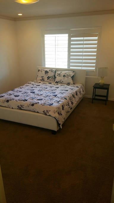 1st bedroom with 1 full bed