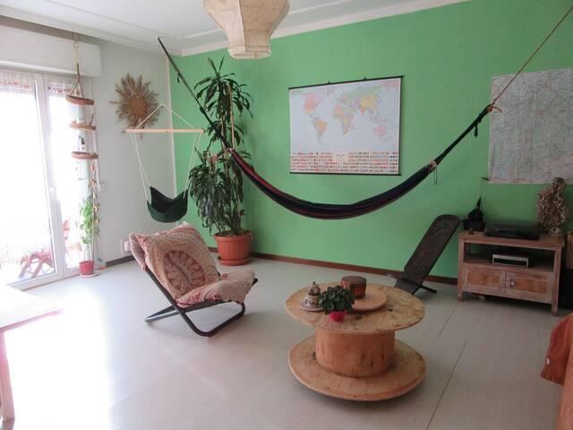 Accogliente stanza in centro, sweet home. - Trento