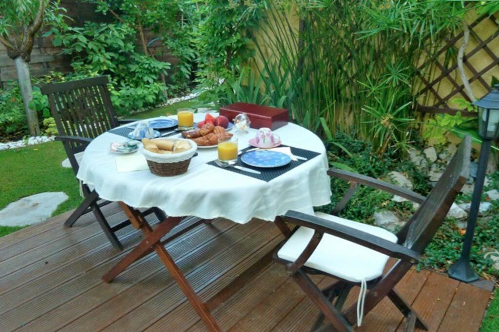 Le patio des petits déjeuners