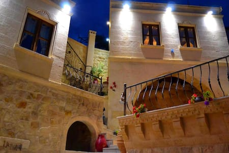 Elika Cave Suites - Ortahisar - Bed & Breakfast