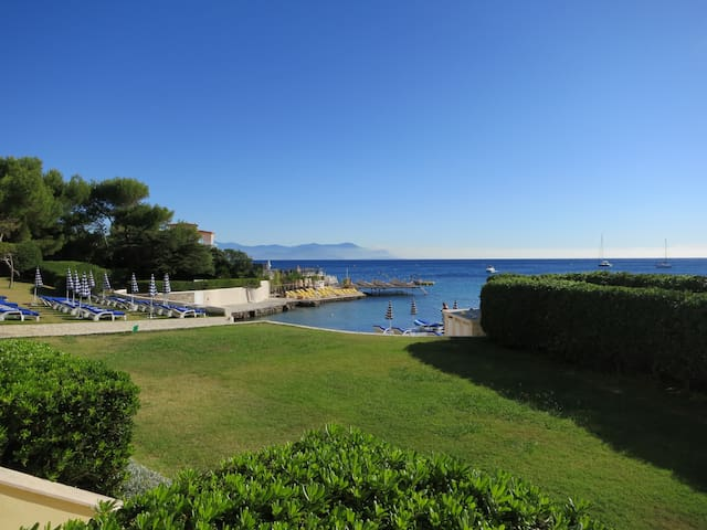 Côte d'azur, Studio Cap d'Antibes, plage privée - Antibes - Appartement