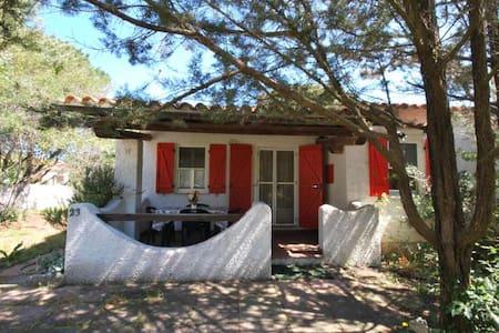 Villetta in residence con piscina - Santa Teresa Gallura - วิลล่า