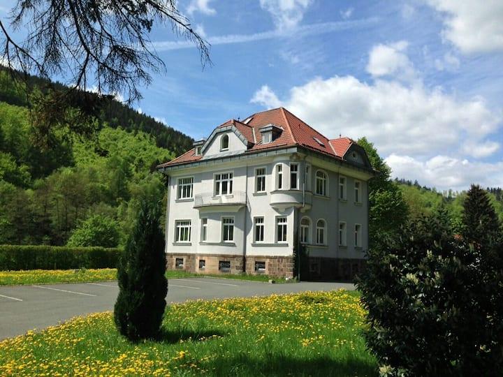 Villa in Sonneberg - Bahnanbindung