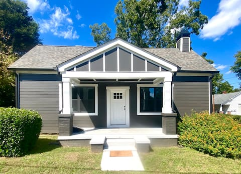 Newly renovated home-1 mi to DT, 1.5 mi to 5points