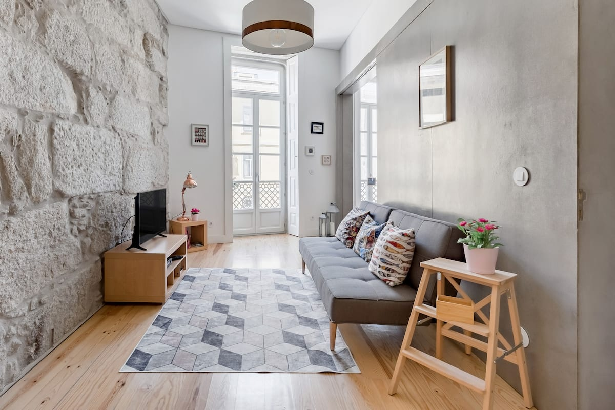Explore Porto From a Beautiful Home