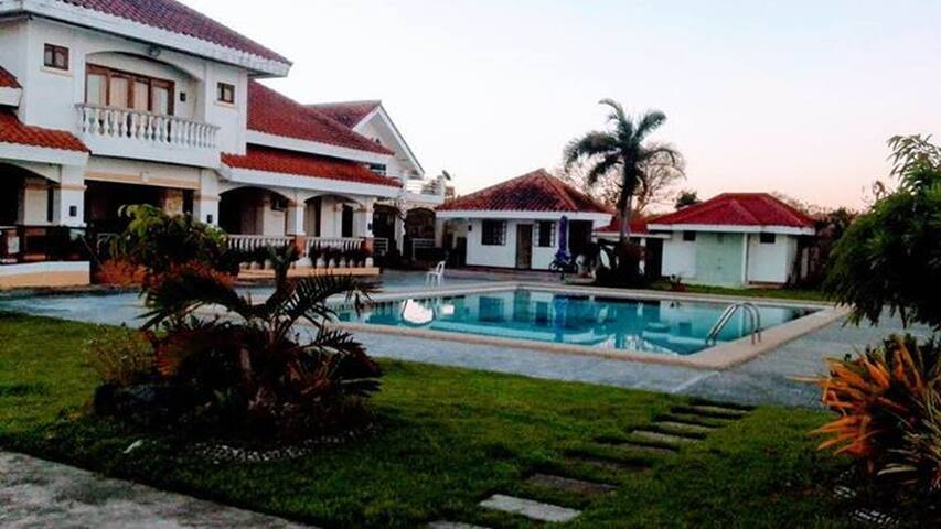 Villa Victoria Beachfront Resort