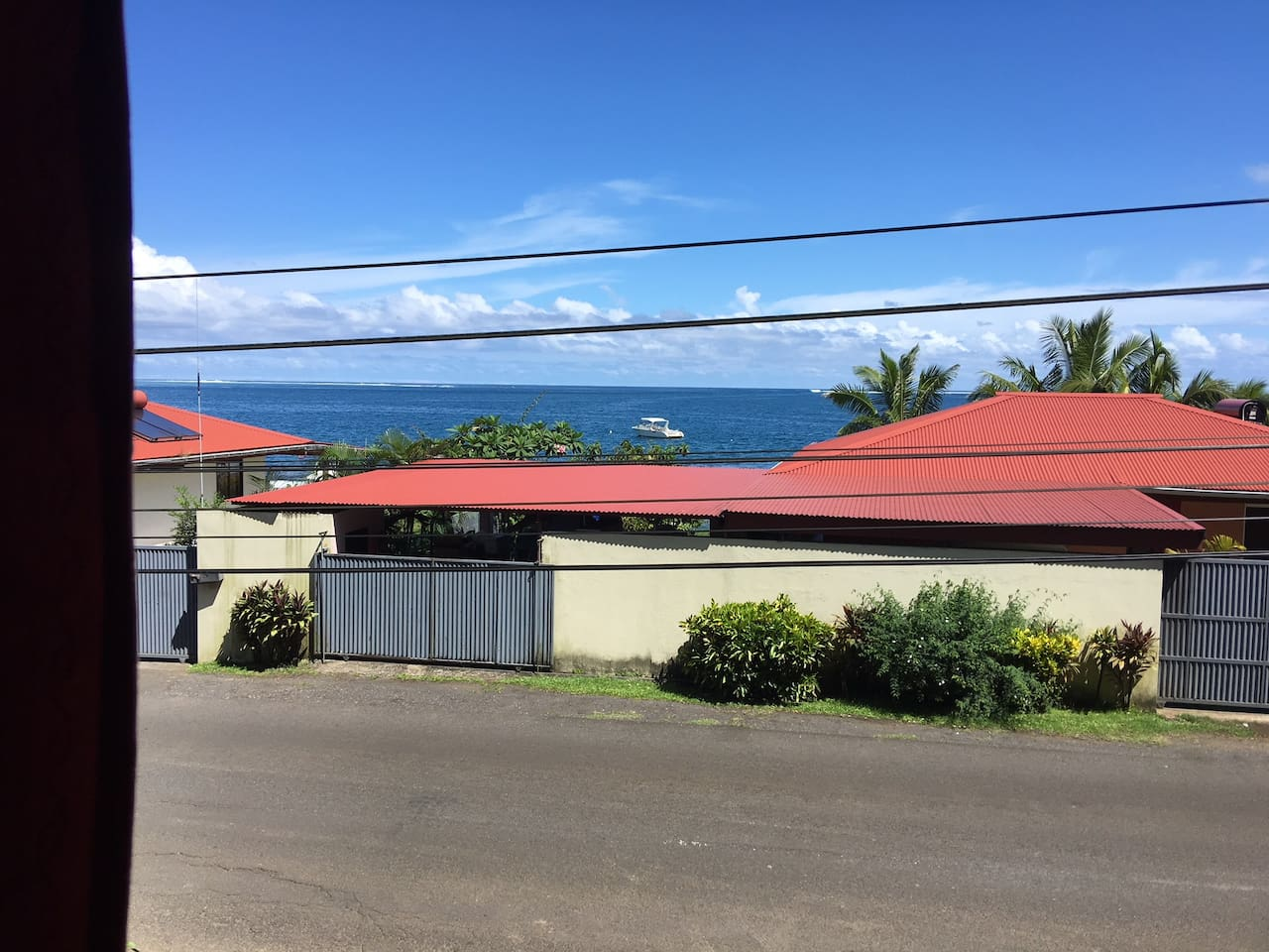 PRESQUE ILE STUDIO in Vairao with Ocean Views!