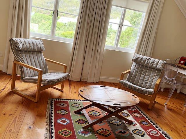 Relaxing area in the Loft studio