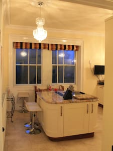 Luxury 2 bed Penthouse Apartment - Harrogate