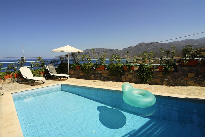 Luxury Villa with private pool & superb sea view - Mochlos - Villa