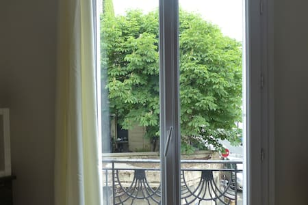Cosy and large room in Vincennes!