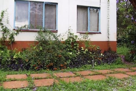 Eshel Guest House Single - Nairobi - Guesthouse