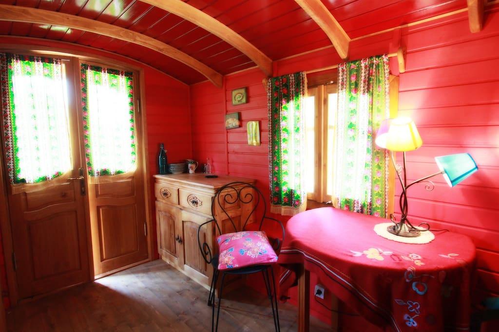 La roulotte : petite chambre cosy de 11 m2