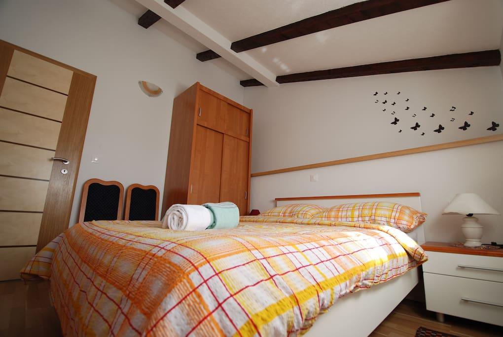 App2  double room