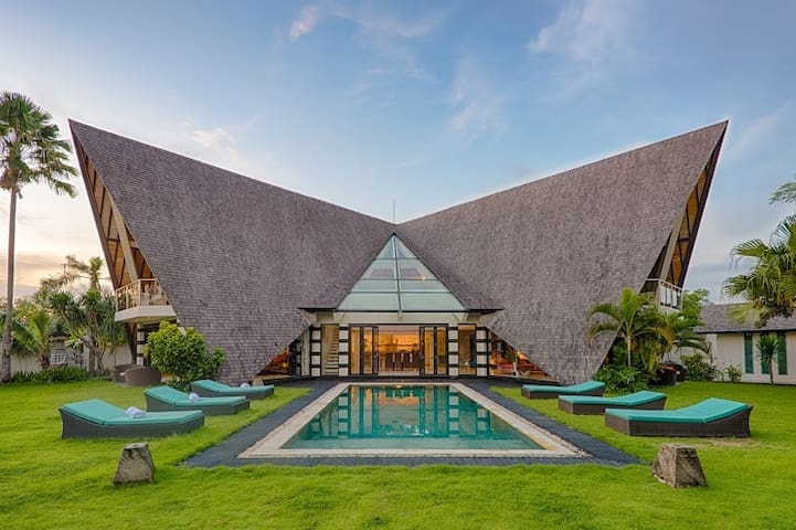 Banyan Canggu Luxury 4BR Villa - North Kuta - Villa