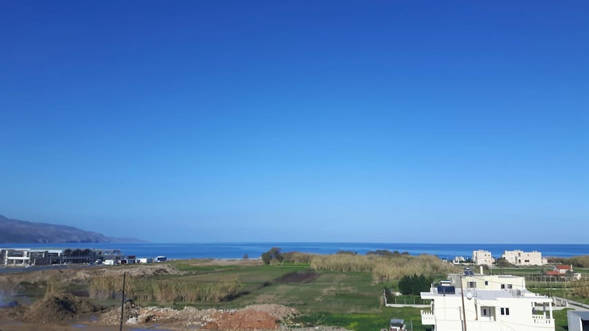 Blue Horizon View Apartment - 24km from Chania