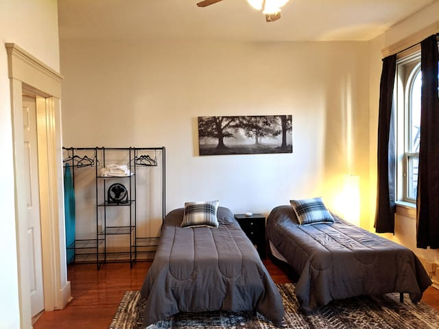 - Large bedroom with flexible sleeping arrangements, can be converted to either 1 King Bed or 2 twin xl beds. - Full Free-standing closet for easy and convenient clothing and accessory storage.