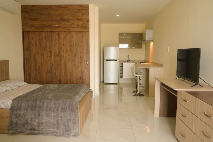 COMFORTABLE APARTMENT NEAR THE AIRPORT