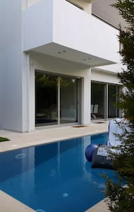 Gorgeous house with private pool - Voula - Willa